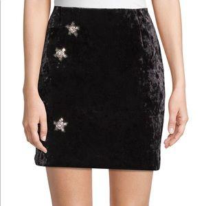 Sandeo Paris black velvet skirt size 3 NWT